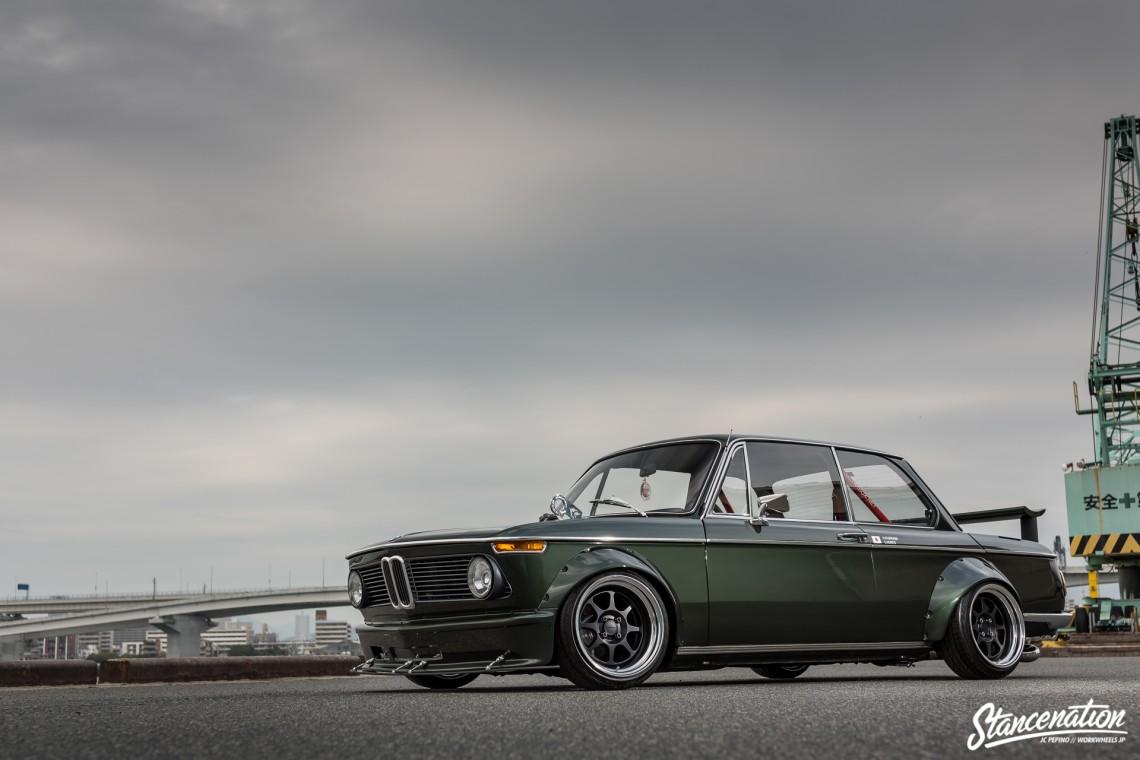 Stanced-BMW-2002-Japan-22-1140x760