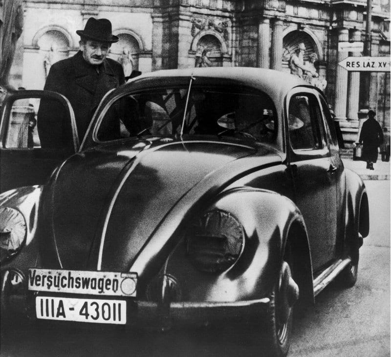 etot-staryj-volkswagen-zhuk-1939-goda-na-samom-dele-porsche
