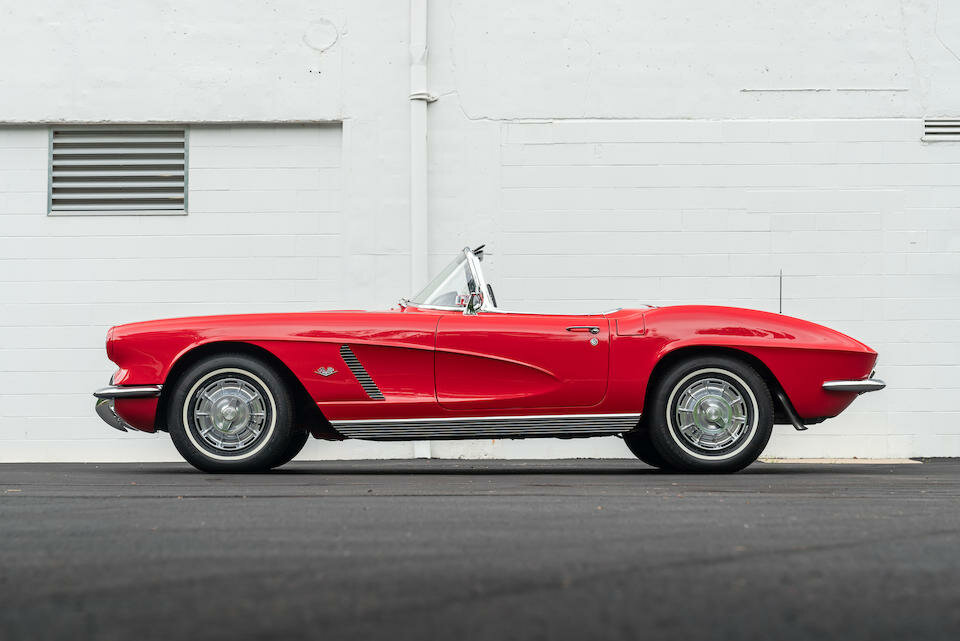 chevrolet-corvette-roadster-1962-amerikanskaya-legenda