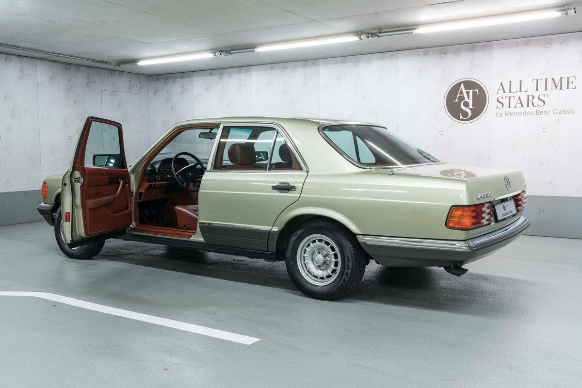 nado-brat-muzej-mercedes-benz-prodaet-s-klass-1982-goda-za-dorogo