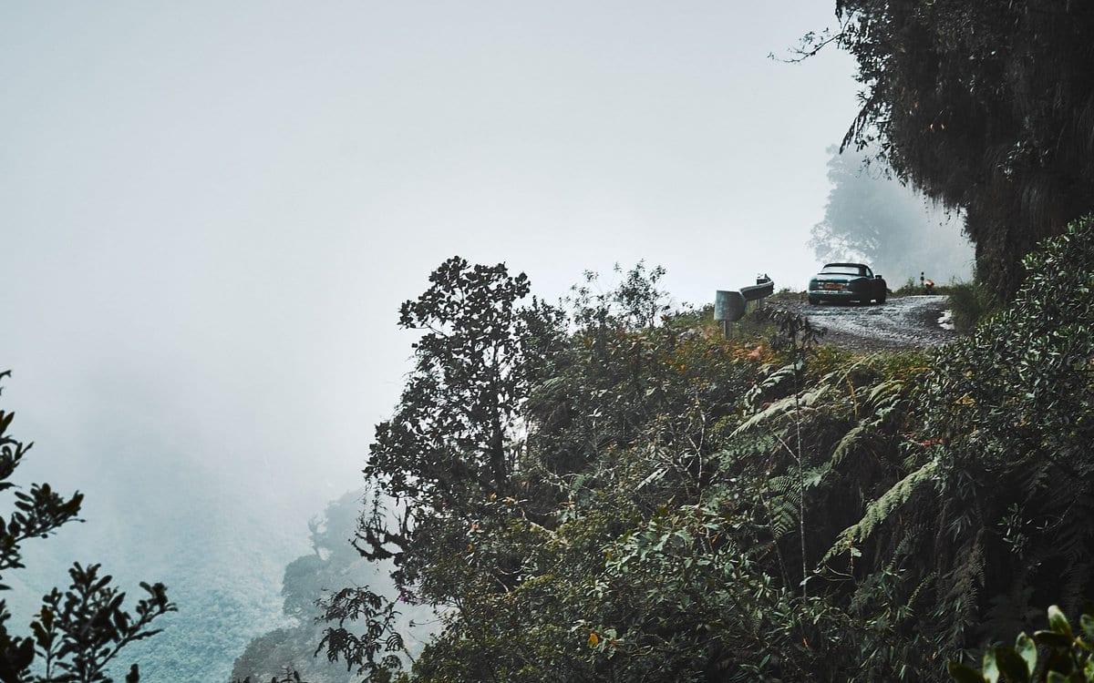 TVR Chimaera на «Дороге смерти» в Боливии