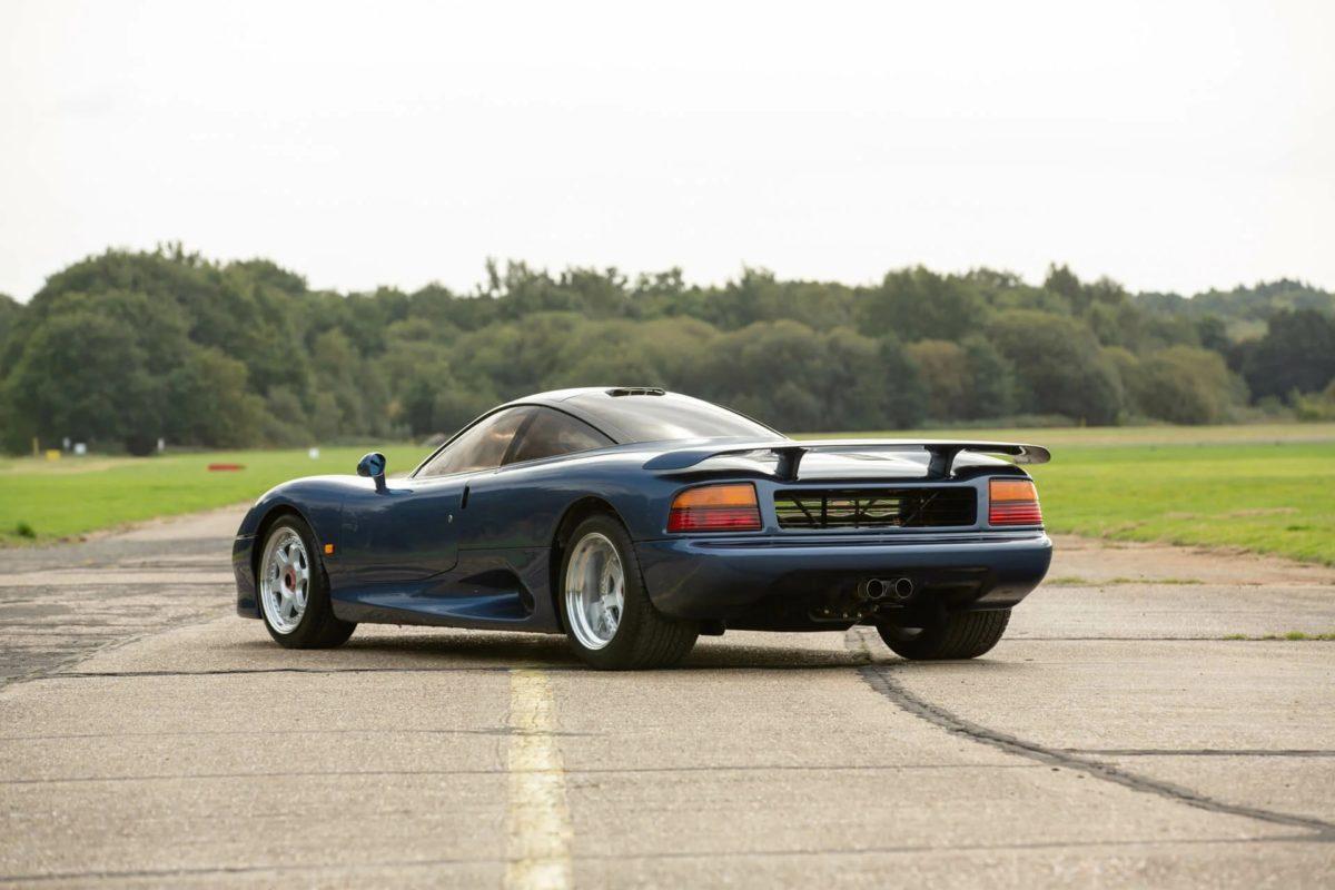 Jaguar XJR-15 — Первый в мире карбоновый суперкар, о ...